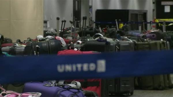 Airlines are trying to get their operations back to normal during the arctic vortex. (Source: KPIX/CNN)