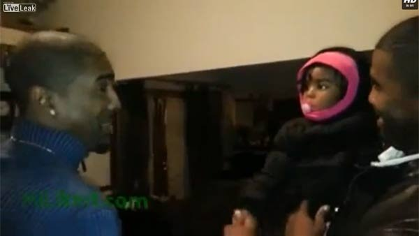 The wide eyes of a terribly confused child who think daddies come in pairs. (Source: LiveLink/MiLikeIt.com)
