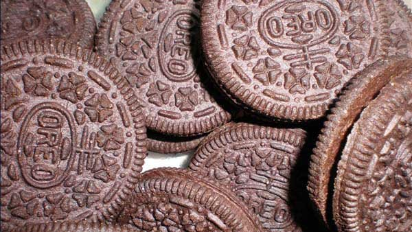 Oreo is unveiling two cookie flavors for a limited time. (Source: WikiCommons/MGN Online)
