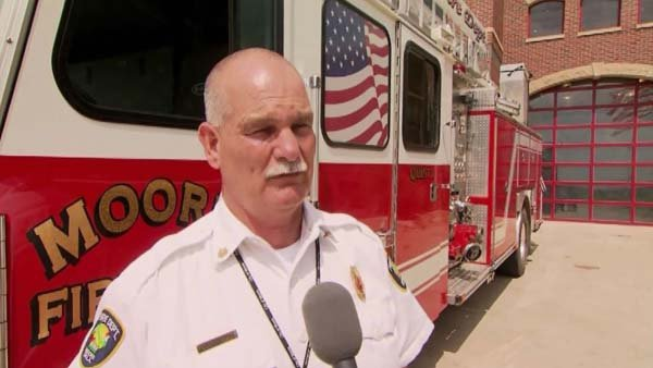 The fire chief of Moore, OK, Gary Bird, will sit with the first lady during the State of the Union. (Source: CNN)