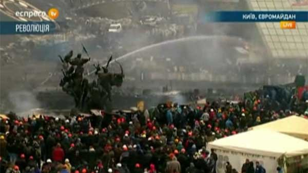 After 25 people are killed, protesters prepare to stand their ground in Ukraine.  (Source: Espreso TV/CNN)