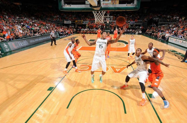 Rion Brown (15) and the Miami Hurricanes picked up a win at Notre Dame this week. (Source: HurricaneSports.com)