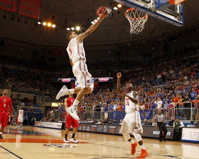Senior Scottie Wilbekin leads a Florida Gators team that is the favorite to become the 2014 NCAA national champion. (Source: Tim Casey/UF Communications)
