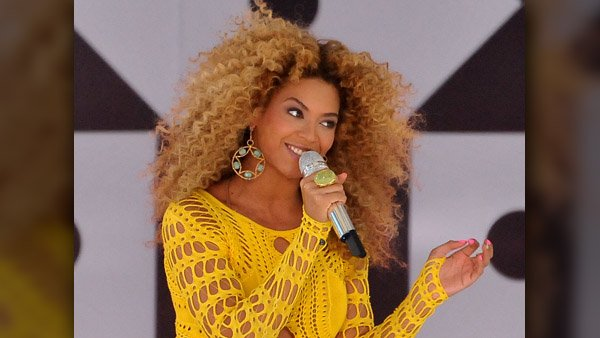 Boots' new song 'Dreams' features backup vocals by Beyonce. (Source: Asterio Tecson/MGN)