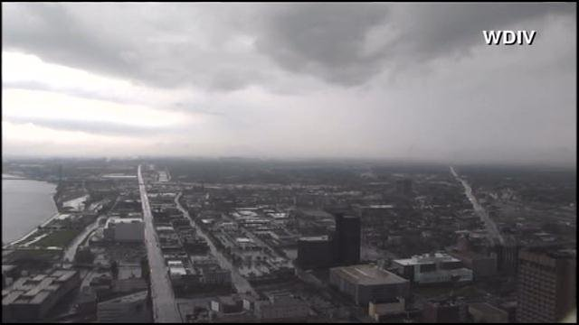 Severe weather from the Midwest makes its way into Ann Arbor, MI Monday afternoon. (Source: WDIV/CNN)