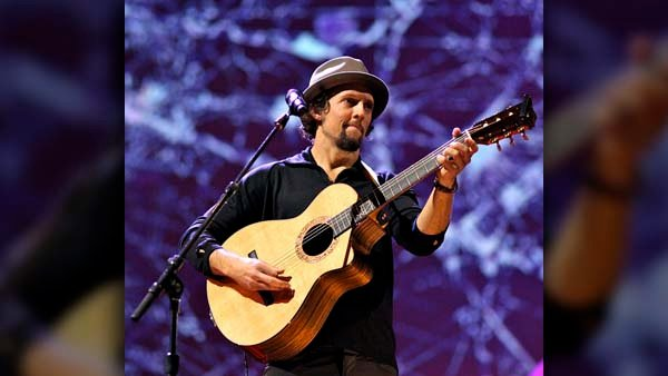 Jason Mraz will release his new album 'Yes!' this summer along with plenty of free downloads. (Source: Steve Jurvetson/Wikimedia Commons)