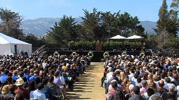 The University of California, Santa Barbara held a vigil on Tuesday afternoon following a mass shooting that claimed half a dozen lives last week. (Source: CNN)