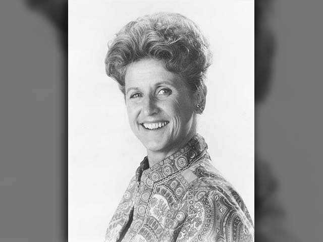 Ann B. Davis, known for her role as housekeeper Alice on the hit show The Brady Bunch, has died. She was 88 years old. (Source: Wikimedia Commons)