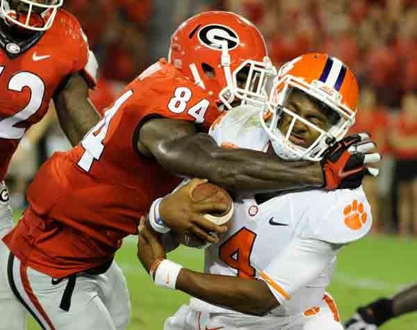 Georgia linebacker Leonard Floyd tackles Clemson quarterback Deshaun Watson. (Source: Georgia Athletics)
