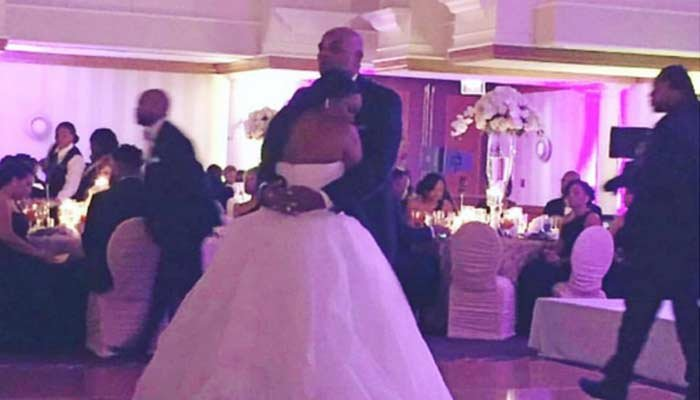 A bride who saved herself for marriage dances with her father on her wedding day. (Source:Brelyn Bowman/Instagram)