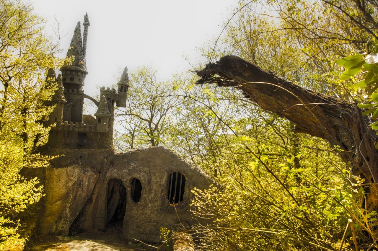 Emerald City's castle is decaying in the abandoned Land of Oz in Beech Mountain, NC. (Source: Seph Lawless)