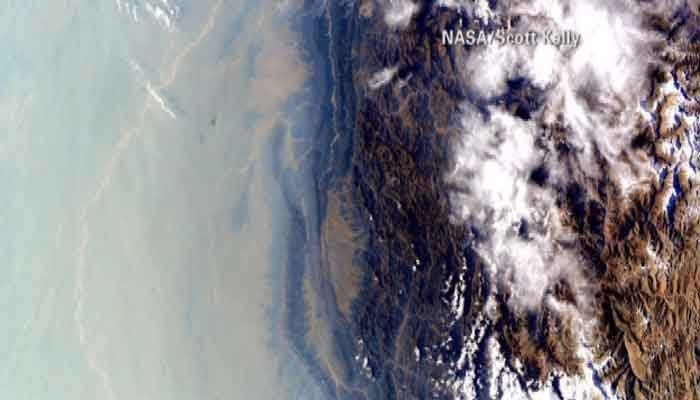 An astronaut took a picture that showed atmospheric smog coverage over a large portion of Asia. (Source: NASA/Scott Kelly/CNN)