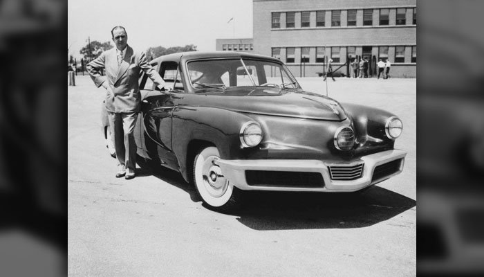Preston T. Tucker shows a model in Chicago on June 26, 1947. (AP Photo)