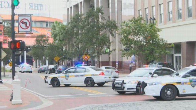 Authorities say the lone suspect died at the scene.(Source: WJXT/CNN)