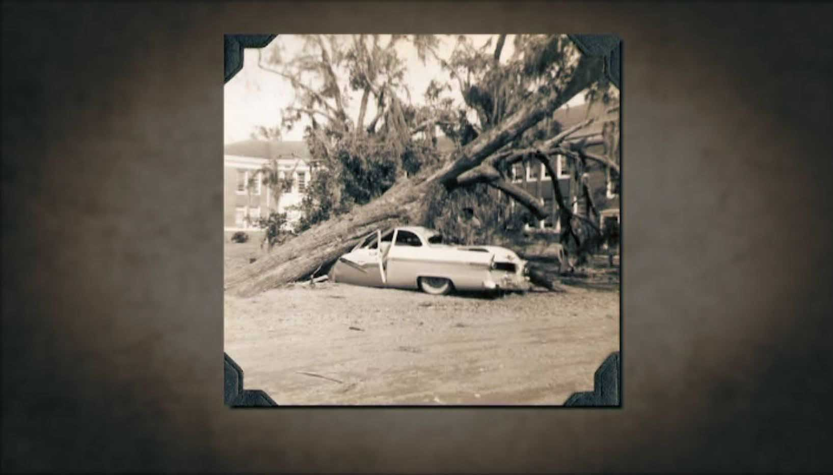 It's rare for major hurricanes to hit the Carolinas. But with Florence headed that way, here's a look back at how similar storms have impacted the states. (Source: Archive.org/CNN)